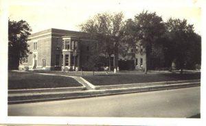 Oak Park Elementary in 1926.